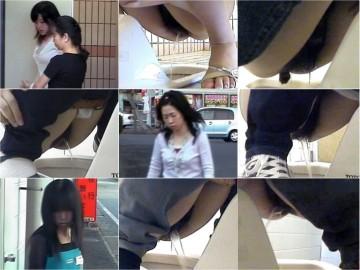 【お宝発見】商業施設内和式公衆トイレ♡電波受信盗撮◆トイレ前~車待機録画★ 02